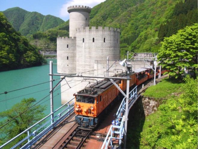 서브01-토롯코열차.jpg